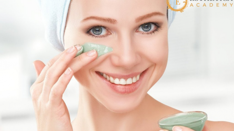 Utilize the benefits of certified online skincare courses